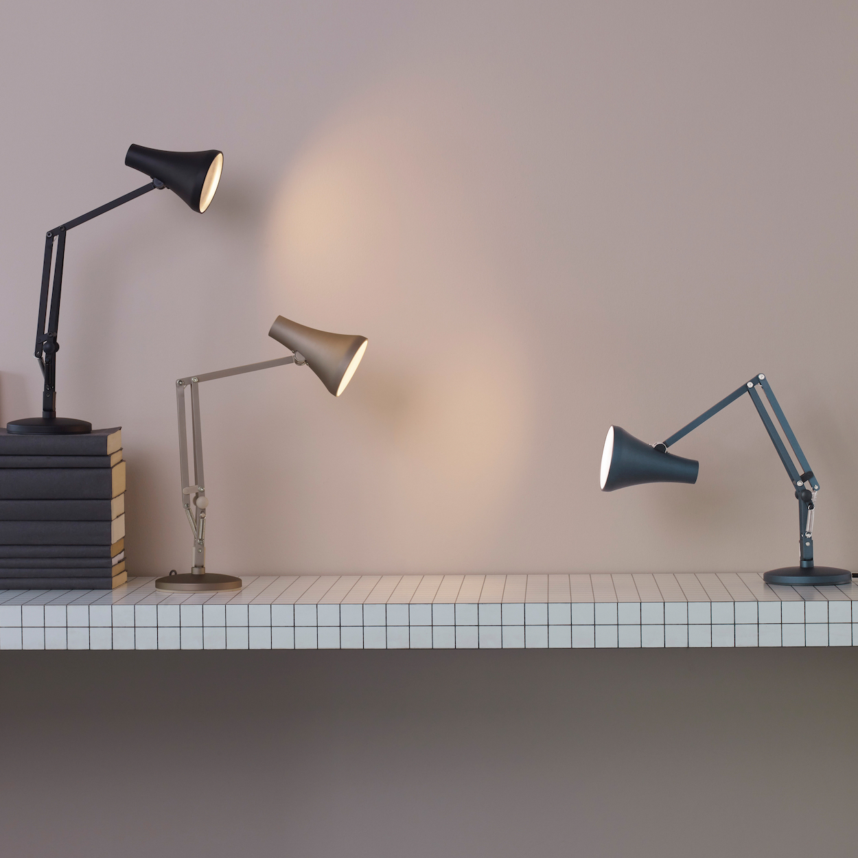The Anglepoise 90 Is Now Powered By Usb