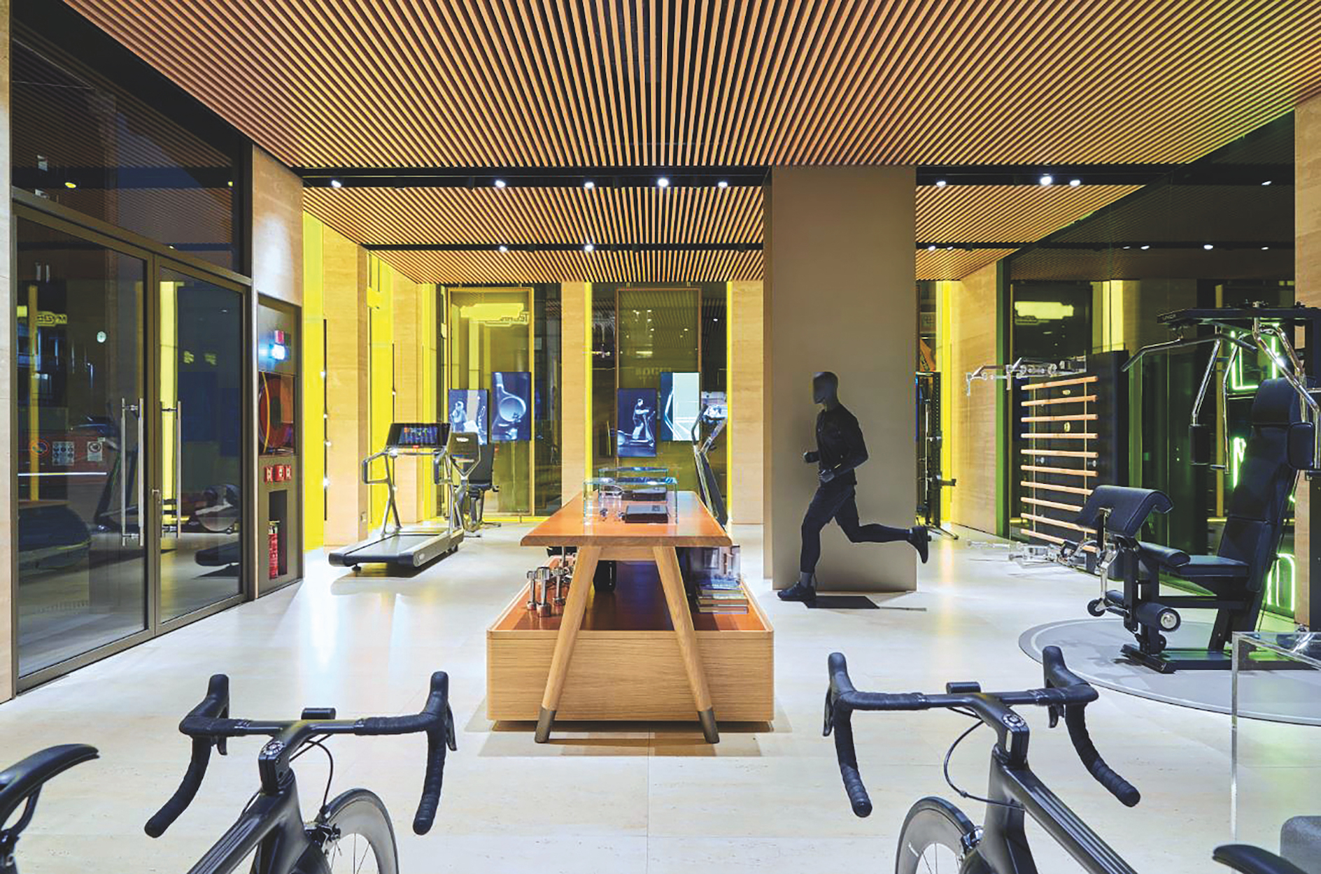 At technogym 39 s milan flagship a fusion of wellness and for Store design milano