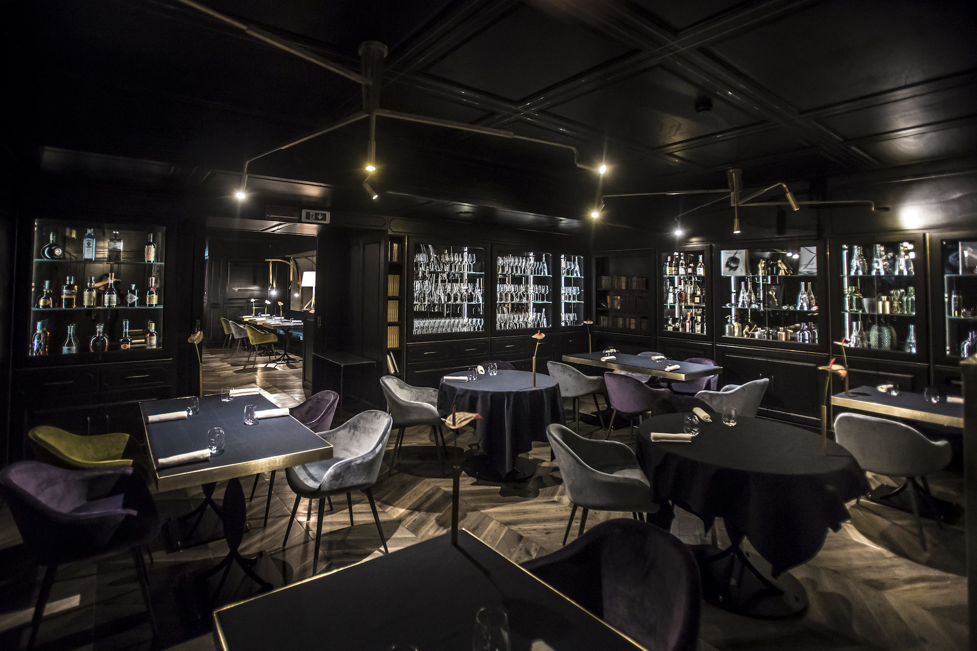 ... This Grande Dame On The Champs Élysées Into One Of The Most  Forward Looking Concepts In Paris, Featuring Two Restaurants With  Contrasting Personalities.