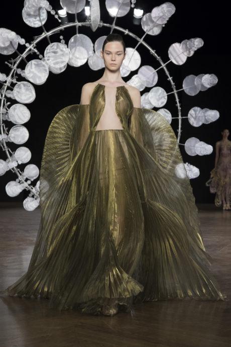 Iris Van Herpen At Paris Haute Couture Week Fall 2019 Surface
