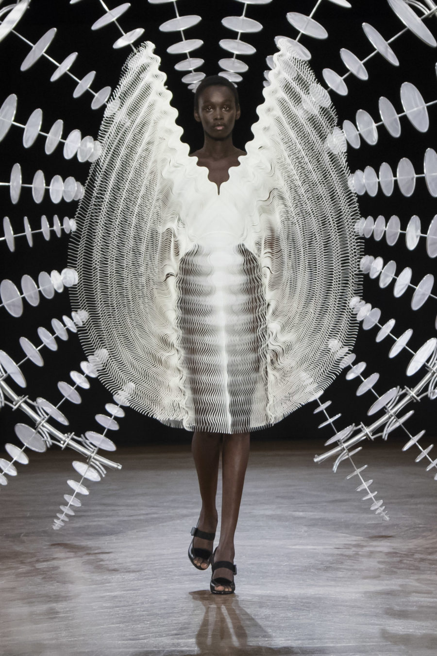 Iris van Herpen Fall 2019 Couture Collection