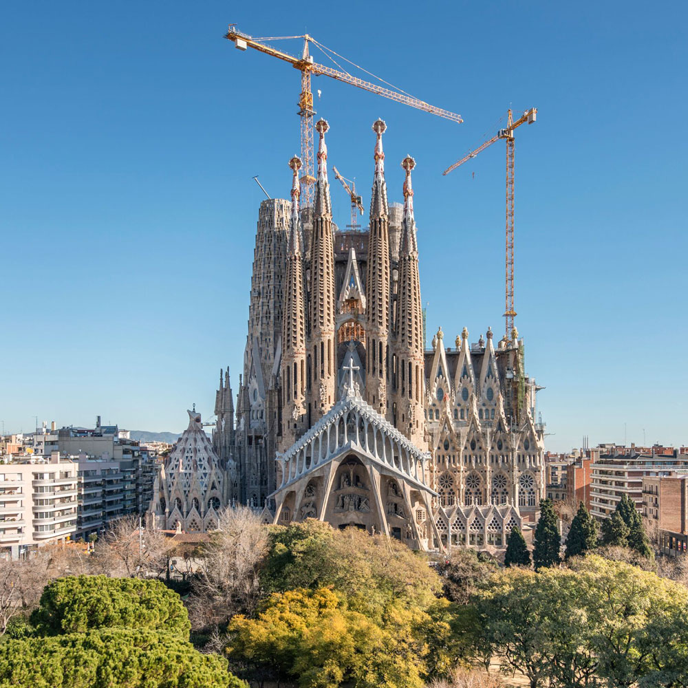 The Completion of Gaudi's Sagrada Familia Is a Sort of Death – SURFACE
